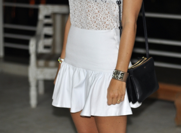 A saia do look é a nossa saia Lady, superfeminina e versátil!