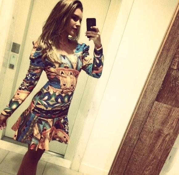 Vestido Selena usado pela Mariana Rios